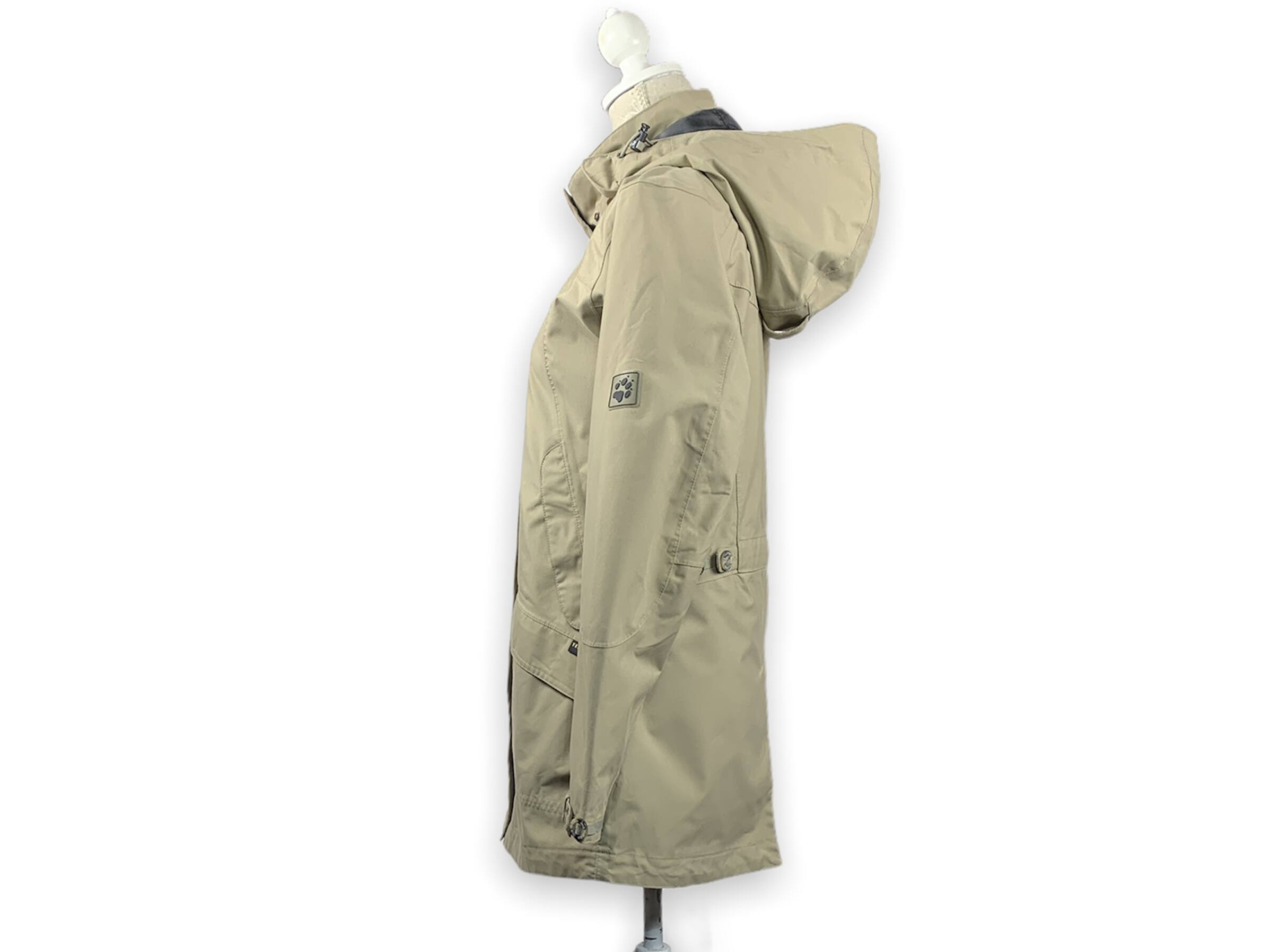 Jack Wolfskin kabát (S)