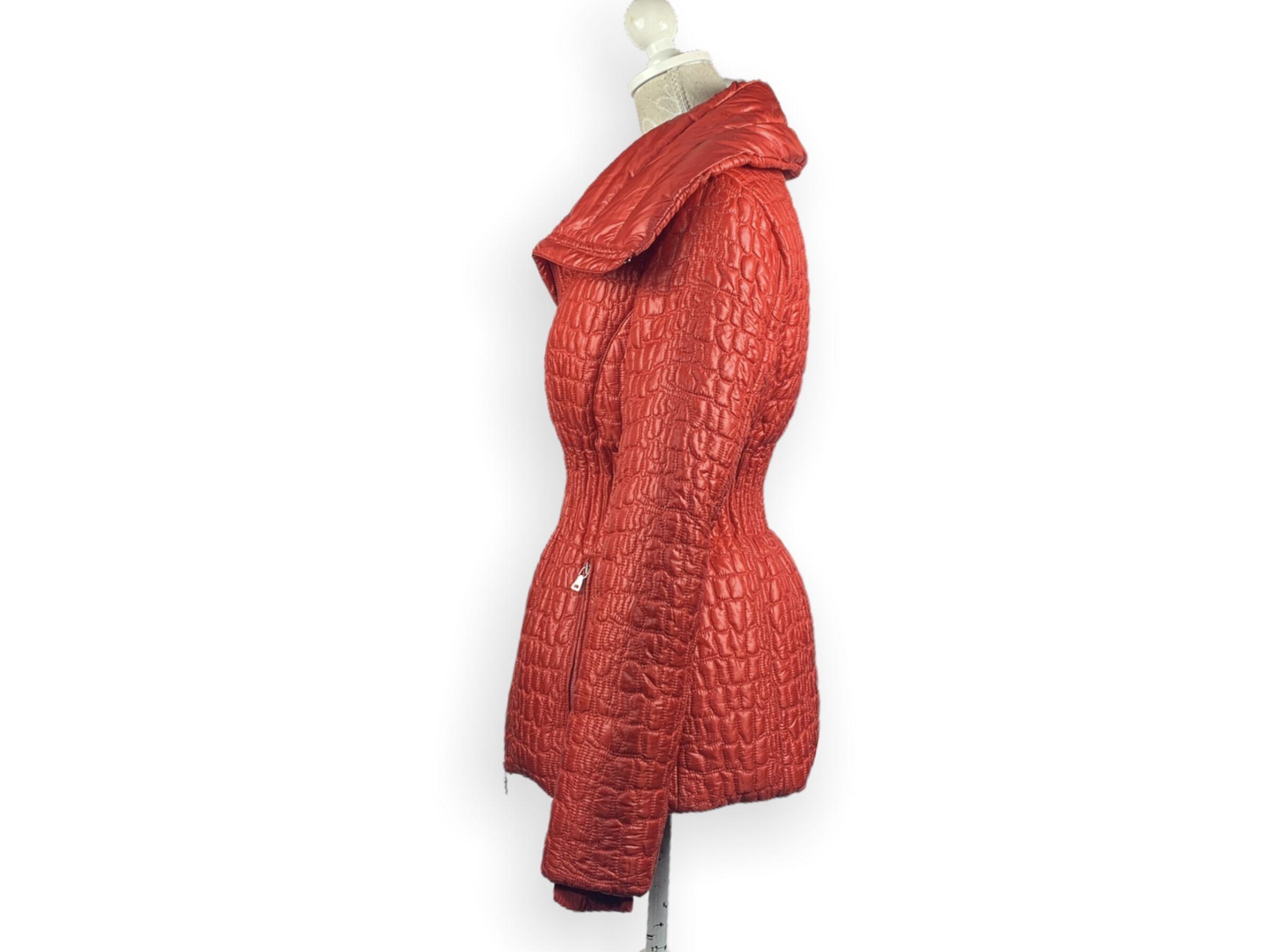 Prada kabát (M)