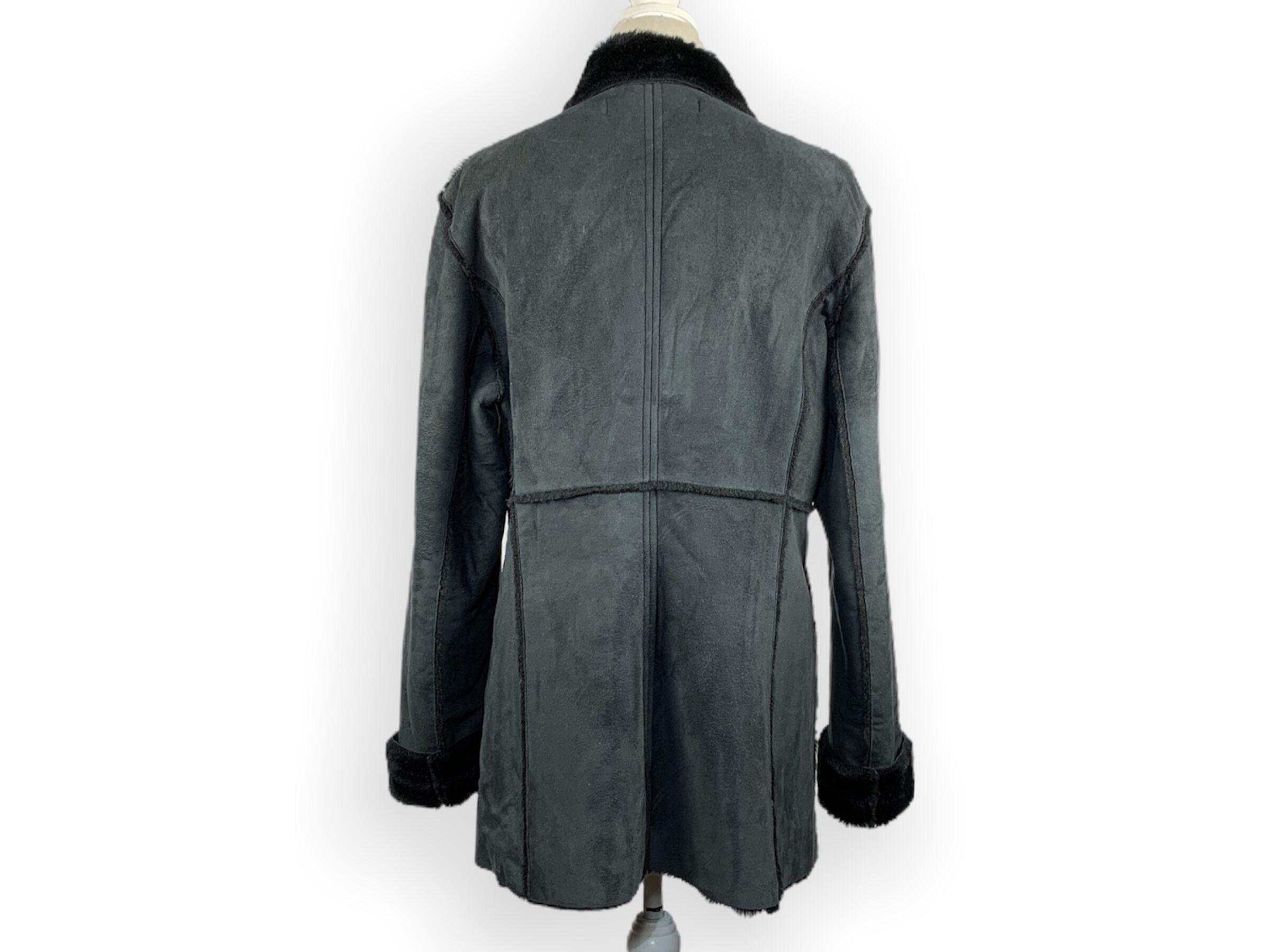 Guess kabát (XL)