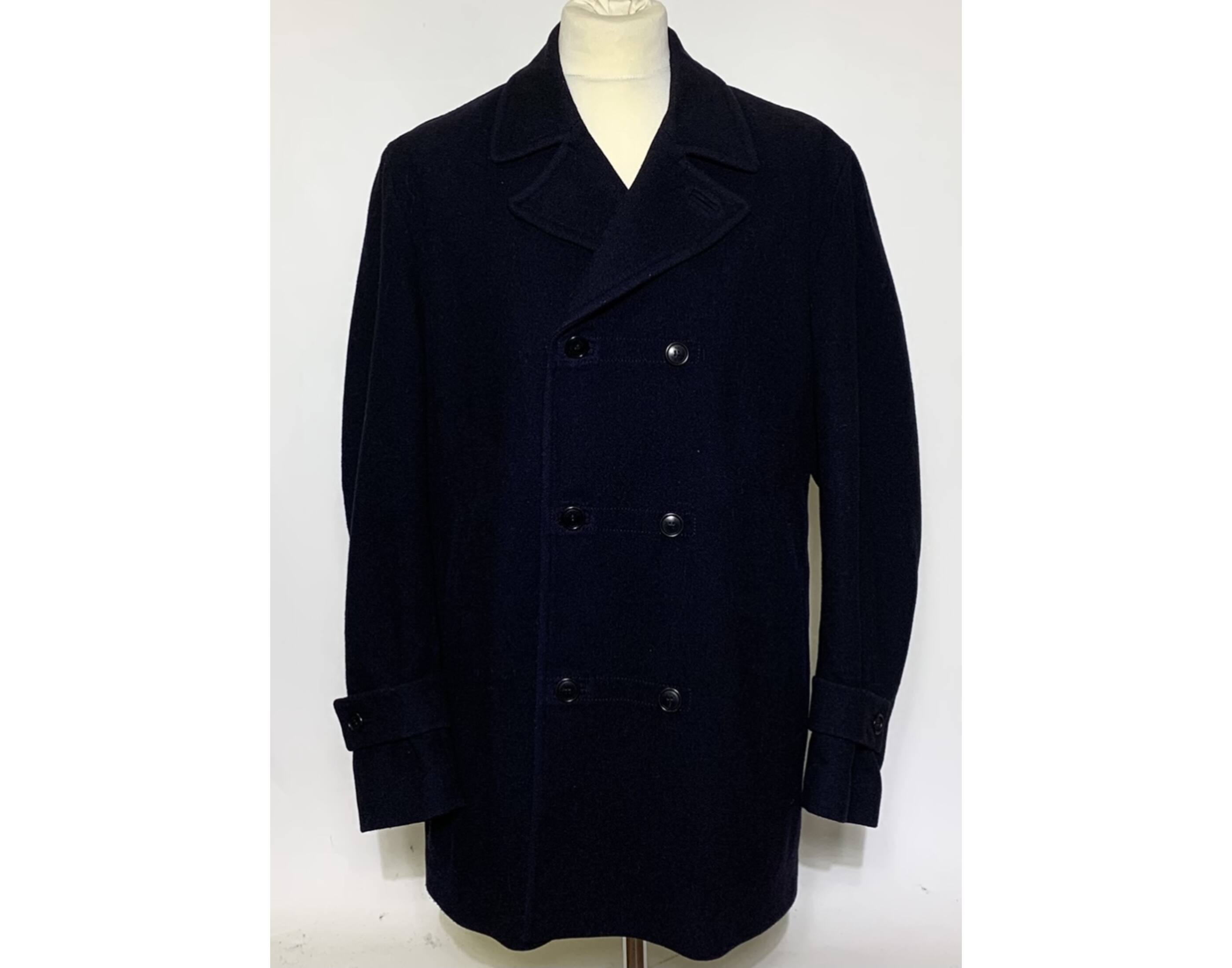 Hugo Boss kabát (XL)