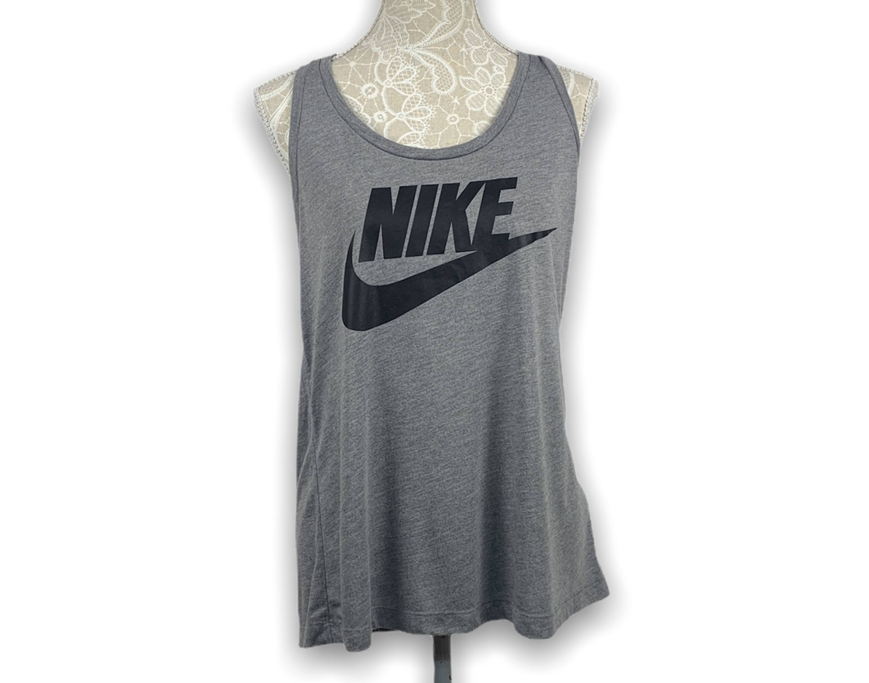 Nike atléta (L)